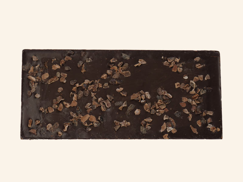 טבלת שוקולד מריר עם פולי קקאו גרוסים